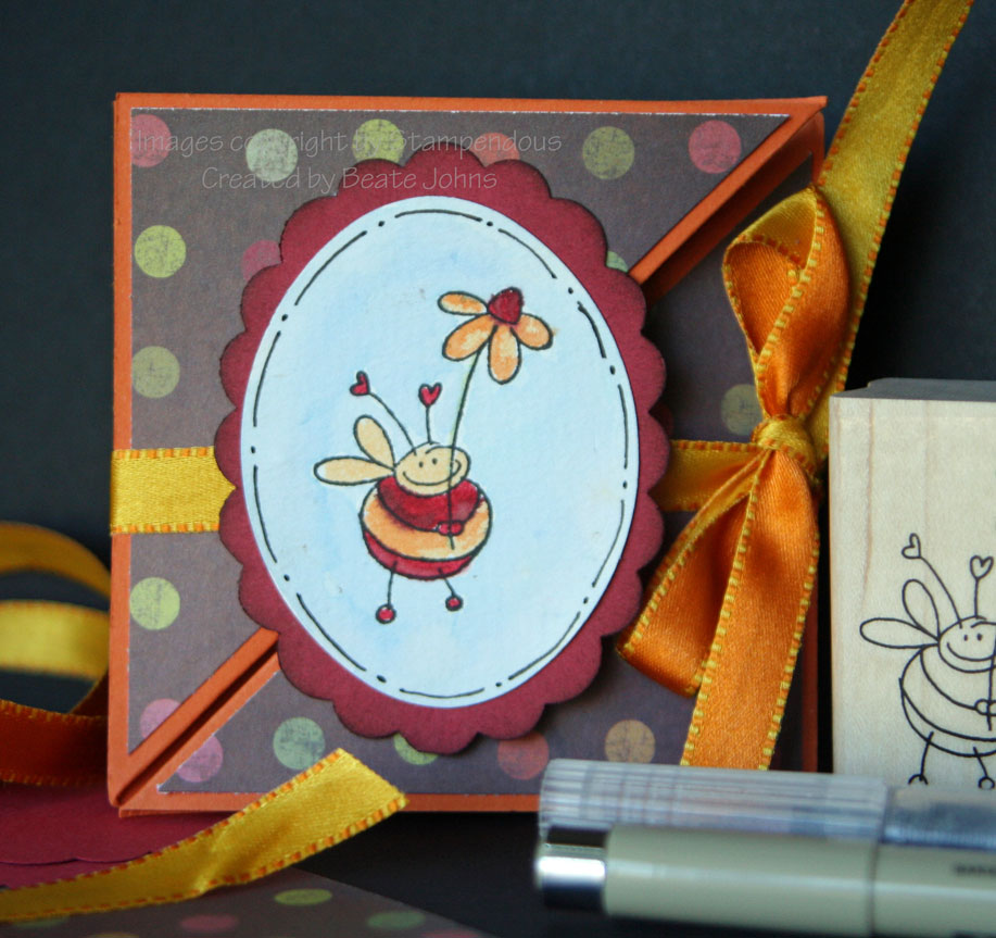 stampendous-triangle-trifol.jpg